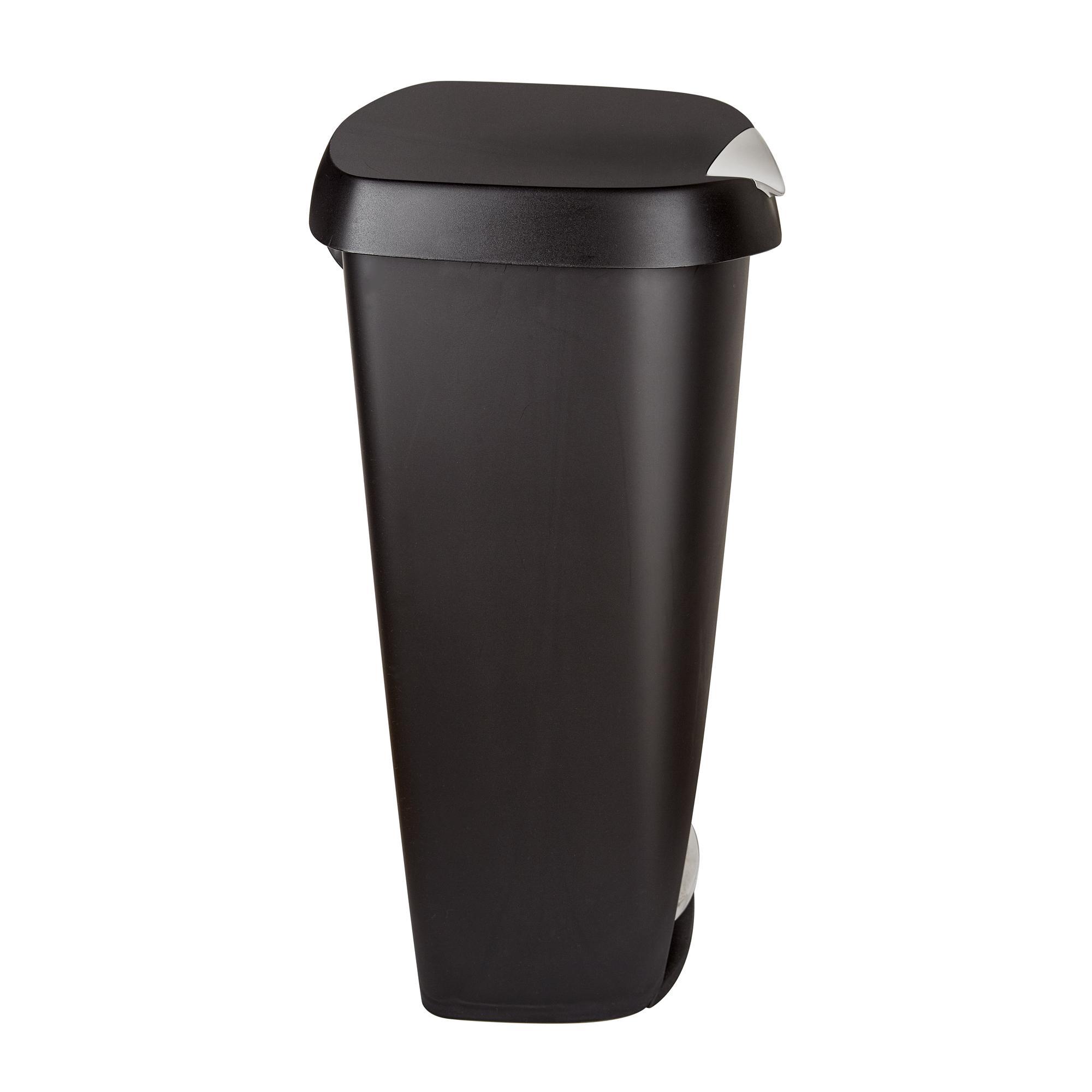 Amazon.com: Umbra 084200-047 Brim Large Kitchen Trash Can ...