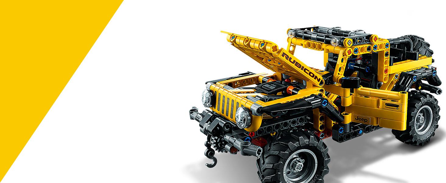 Lego Technic Jeep Wrangler - Fully assembled, Bonnet open view
