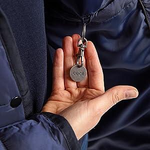 Ficha de la compra integrada en la chaqueta.