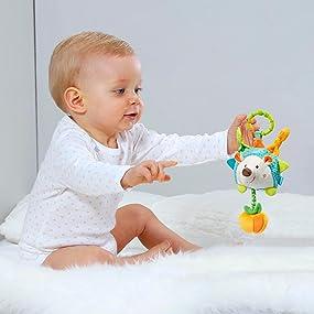 Monaten Fehn 071511 Activity-Spieltier Igel//Motorikspielzeug zum Aufh/ängen mit Spiegel /& Vibrationsrassel zum Spielen Greifen und Ger/äusche erzeugen//F/ür Babys und Kleinkinder ab 0