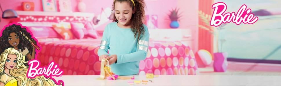 Barbie Crea sus ondas, Muñeca rubia con accesorios para peinar (Mattel GBK24)