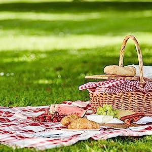 melamine dishes; melamine dinnerware; melamine dinner set; picnicing with melamine; melamine