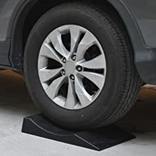 flat_tire_image_1_maxsa_innovations