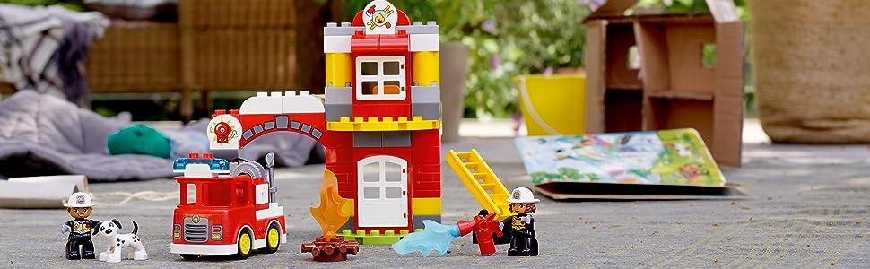 Incluye 2 figuras de bomberos