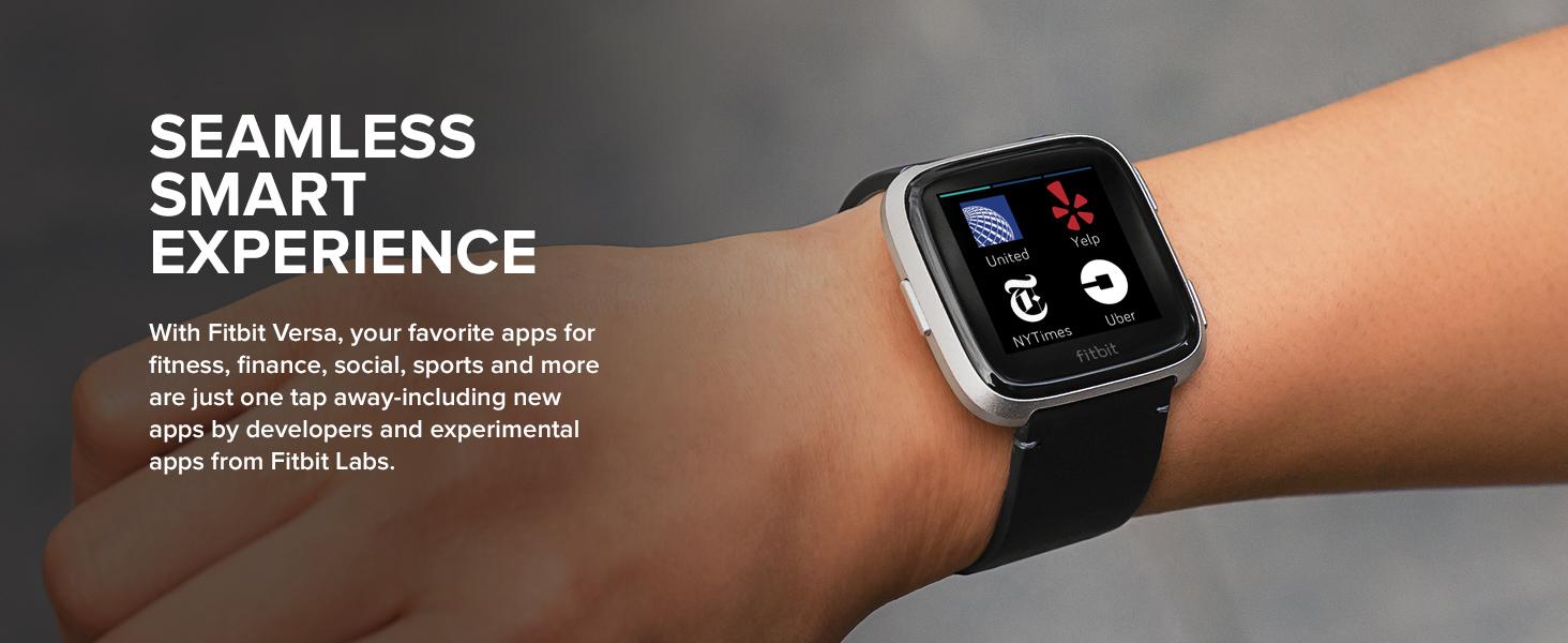 c1d14013c الساعة الذكية متتبعة اللياقة Fitbit Versa من فيت بيت | أفضل الأسعار