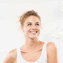 Voor meer welzijn – bevordert de productie van het gelukshormoon serotonine.