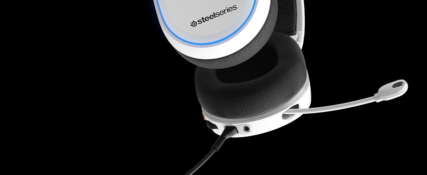 - Arctis 5 ضوابط على الأذن وميكروفون