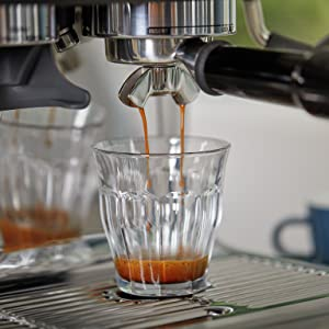 Fast heat up bean to cup coffee machine