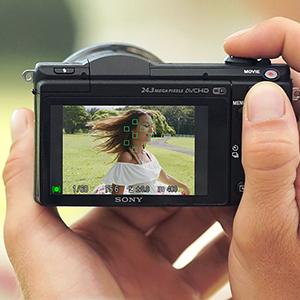 Fast Hybrid AF Films with Artistic Control