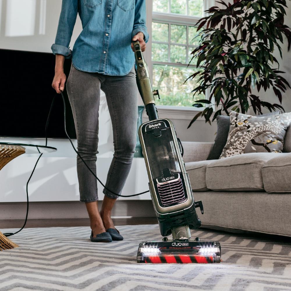 Amazon Com Shark Duoclean Apex Upright Vacuum For Carpet