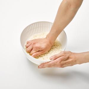 炊飯器 米びつ こめびつ おこめ ざる ぼうる 調理道具 水切り ライクイット プラスチック 定番アイテム キッチン用品 湯切り 自在道具 土鍋 ご飯 ごはんしゃもじ 米とぎにも使えるザルとボウル
