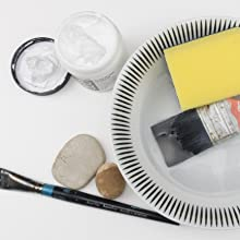 PREPARING SURFACES: STRETCHING PAPER AND PRIMING OBJECTS