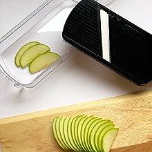 Create an apple tart