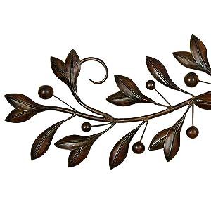 Amazon Com Deco 79 71885 Leaves And Berries Metal
