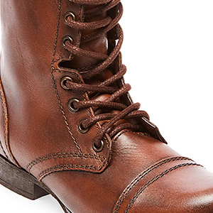 f10da045b56 Steve Madden Women's Troopa Lace-Up Boot