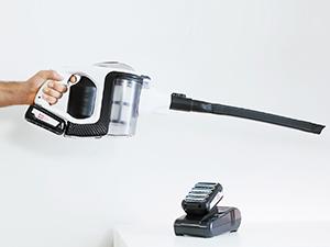 Bosch Unlimited Serie 8 BCS1TOPNC - Aspirador escoba sin cable, hasta 60 minutos de duración, incluye 2 Baterías Extraíbles (Power for ALL), 18 V, Color Grafito: Amazon.es: Hogar