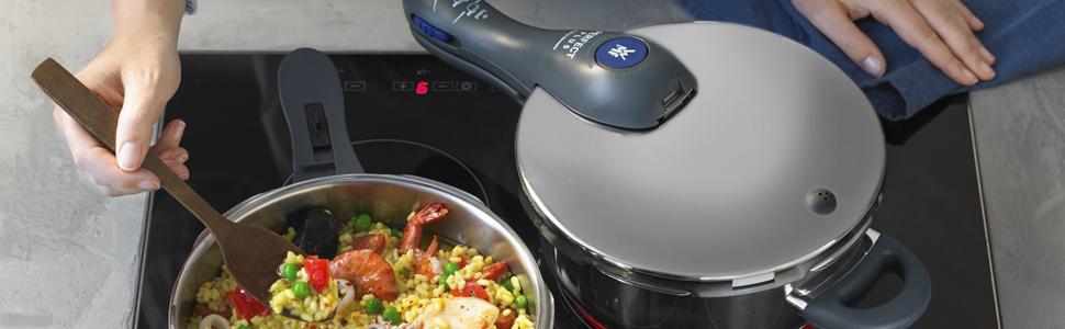 WMF Perfect Plus - Set con olla rápida de 22 cm de diámetro de 6,5 litros y cuerpo de 3 litros