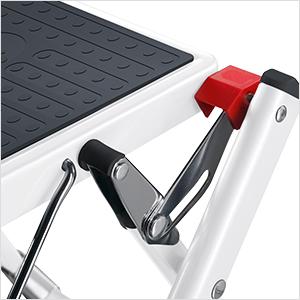 Hailo 9204015097 Mini Steel Folding Lightweight Step Stool