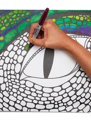 hand holding sharpie marker