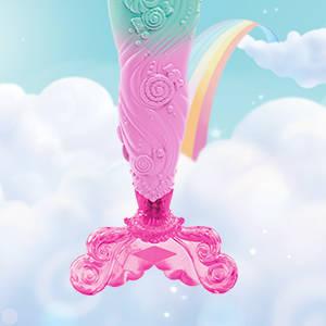 ¡Barbie viene con tres conjuntos de cuento de hadas y accesorios fantásticos!