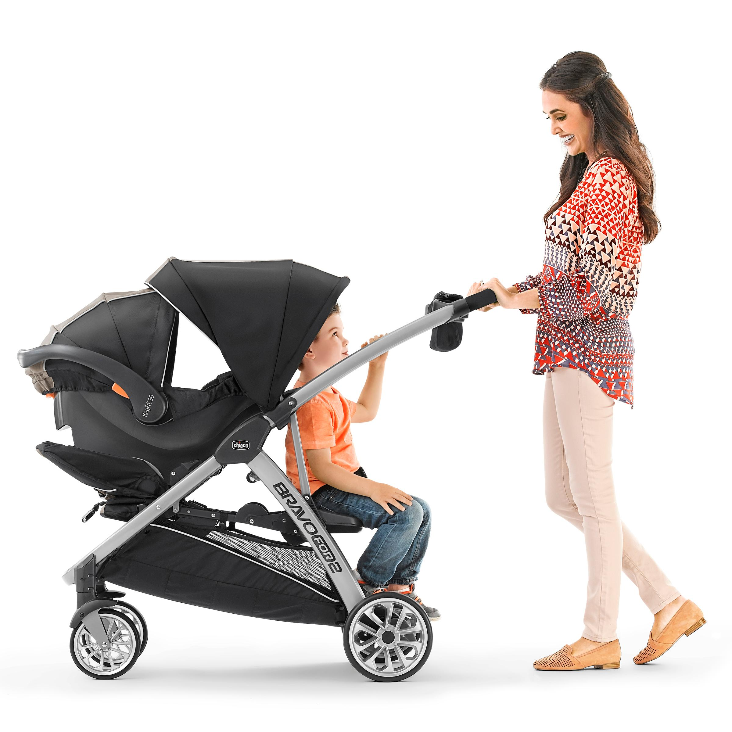 Amazon Com Chicco Bravofor2 Standing Sitting Double Stroller Zinc Baby