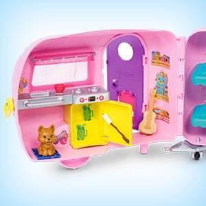 Barbie il Camper di Chelsea, Playset con Bambola, Veicolo, Roulotte e Tanti Accessori, Giocattolo