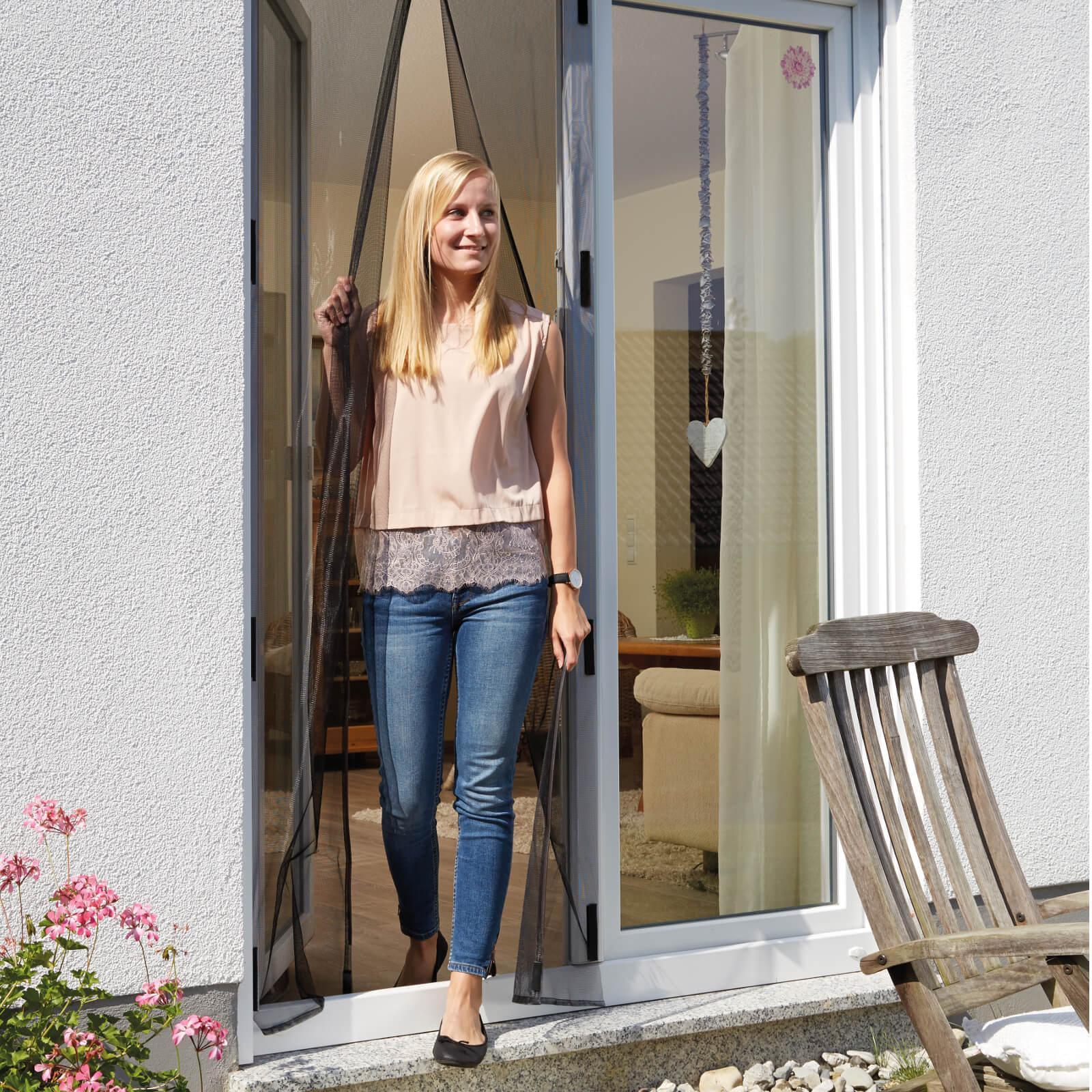 schellenberg insektenschutz magnetvorhang f r t ren 90 x 210 cm anthrazit 50640. Black Bedroom Furniture Sets. Home Design Ideas