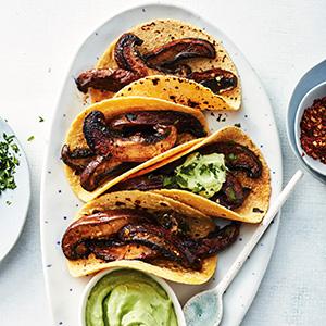 mushroom tacos with avocado crema vegetarian vegan easy recipe dinner cooking