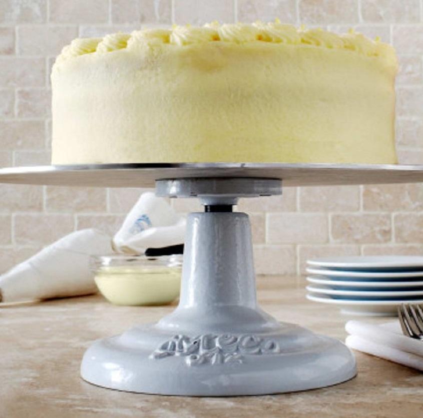 Amazon Com Ateco 612 Revolving Cake Decorating Stand 12 Round