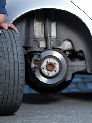 WJB WA513133 Moog 513133 Front Wheel Hub Bearing Assembly Cross Reference Timken 513133 SKF BR930354