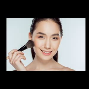 mineral-powder-makeup-tips-acne-prone-oily-skin-makeup