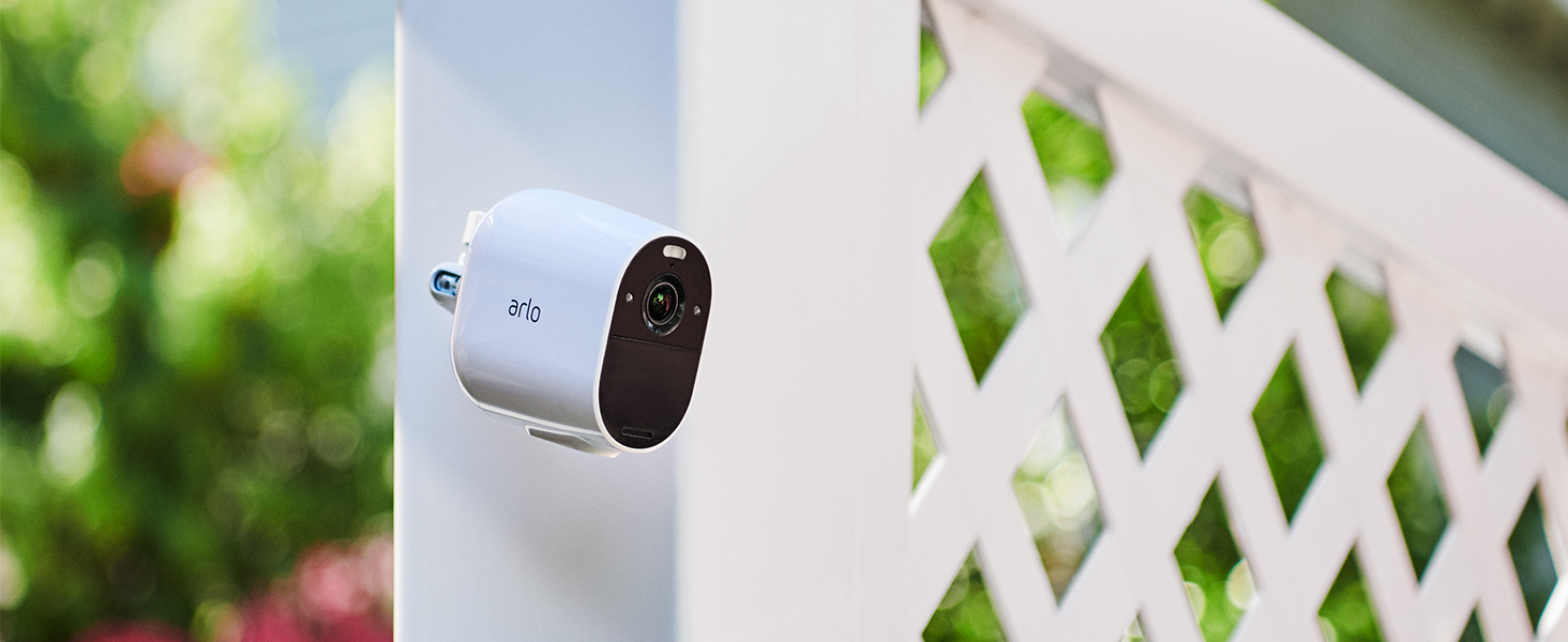 Arlo, Essential, Spotlight, Wire-Free, 1080p, weather resistant, color night vision
