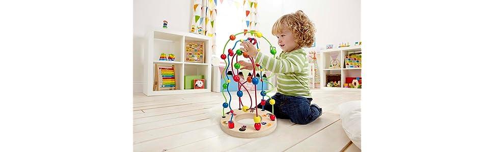 jeu, jouet, bois, couleurs, billes, labyrinthe, chemins, looping, torsades, personnages, nationalité