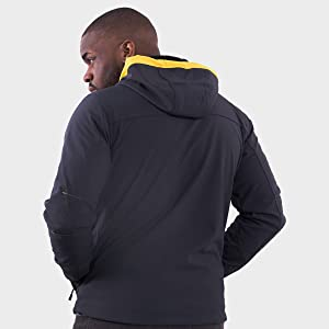 Windproof membrane, water resistant, thermal and breathable. 94% Polyester + 6% Elastane.