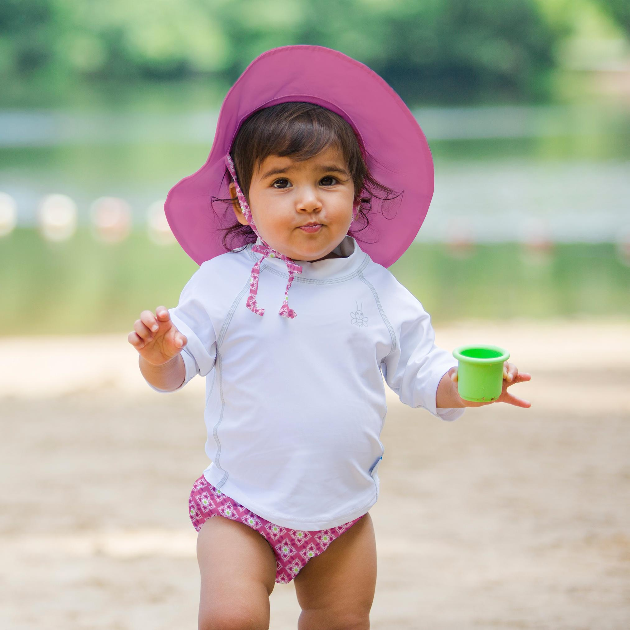 how to use reusable swim diapers