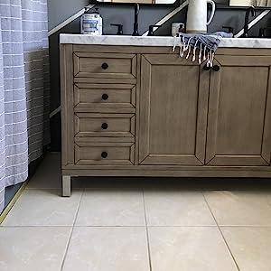 Plain bathroom floor before master bath remodel