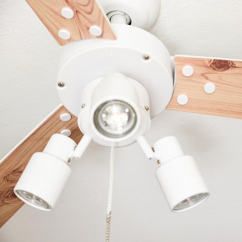 Ventilateur de plafond cyrus avec clairage et tirettes - Ventilateur de plafond avec eclairage ...