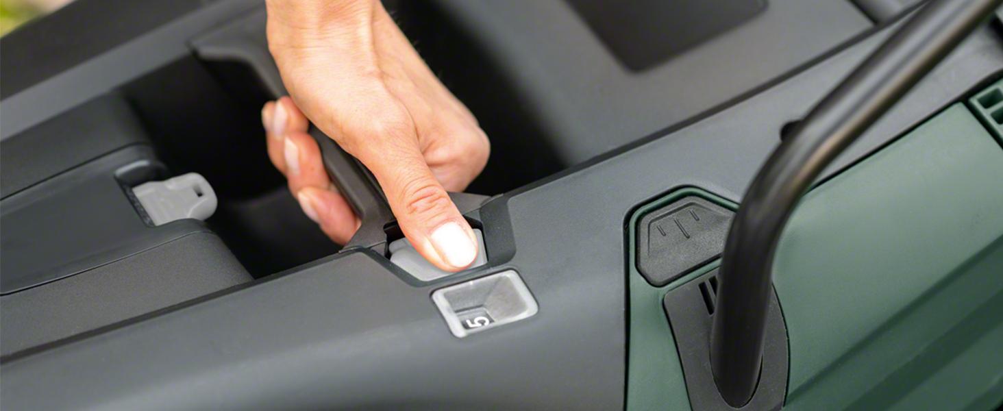 Bosch Cortacésped a batería UniversalRotak 36-560, 2 baterías, 36 V, superficies hasta 560 m², en caja