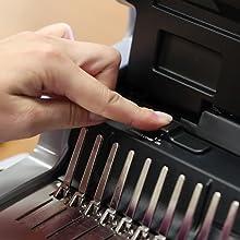 Guía de bordes Guía de bordes mejorada para la alineación de punzones de precisión de la encuadernadora.