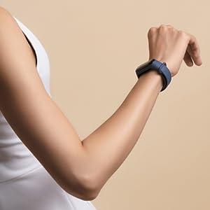 fitness tracker activity heart rate monitor sleep analysis step counter pedometer smart-watch