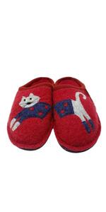 cucho slippers