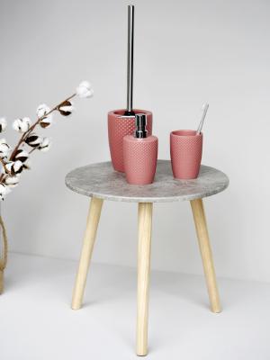 Met de meubels uit de badkamerserie Punto creëer je een stijlvolle flair.