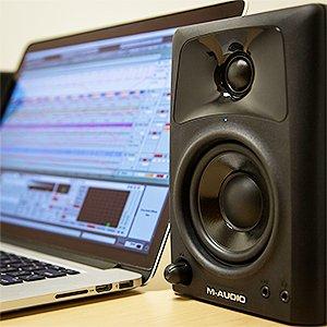 M-Audio AV 42 Paire d'Enceintes de Monitoring Actives Compactes 40W - Système Audio Mac et PC de Référence pour Création Multimédia