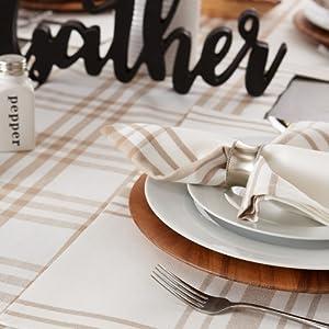 buffalo plaid,buffalo plaid table cloth,modern farmhouse,rustic farmhouse,table top decor,dining