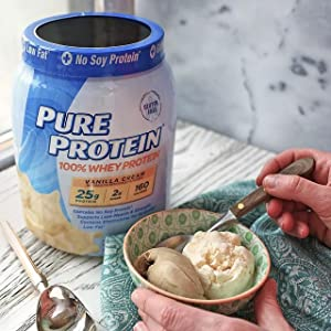 Easy-to-Mix Powder with Creamy Vanilla Flavor