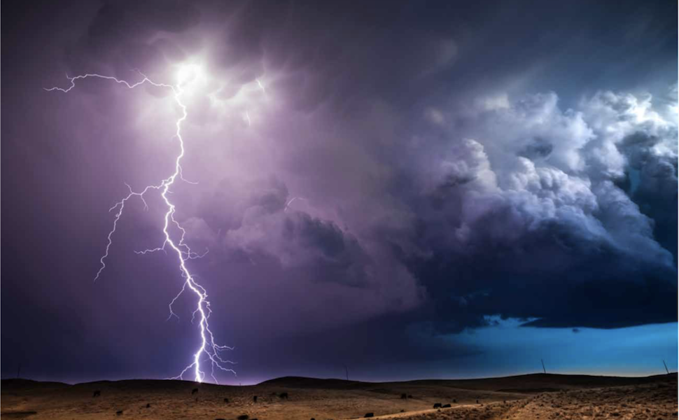 lightning storm, weather on the great plains, storm photography, eric meola