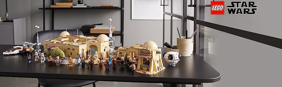Lego Mos Eisley Cantina - Model set with Star Wars logo