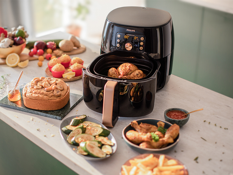 The original Philips Airfryer XXL with Smart Sensing and Rapid Air technology