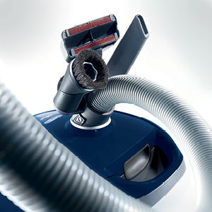 Amazon Com Miele Compact C2 Electro Canister Vacuum