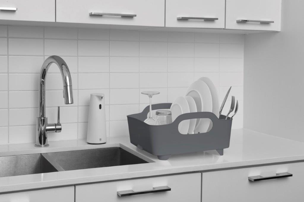 umbra tub geschirr abtropfgestell abtropfkorb mit integriertem tropfwasserabflu f r ihre. Black Bedroom Furniture Sets. Home Design Ideas